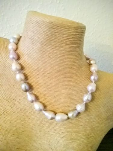 Cilla Baroque Pearl Necklace